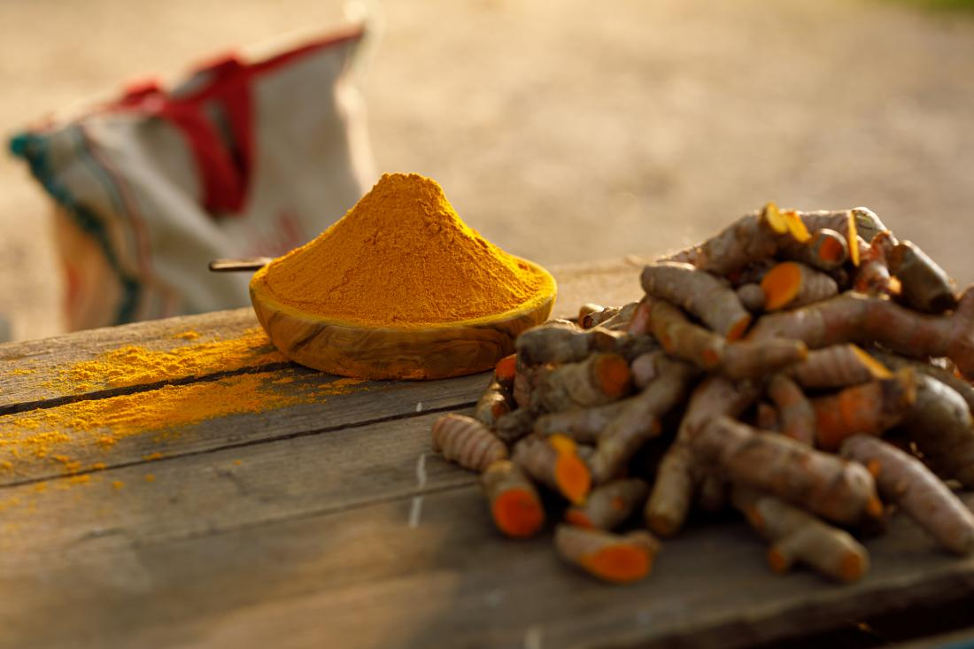 8 REASONS YOU NEED TO SPICE UP YOUR LIFE WITH TURMERIC